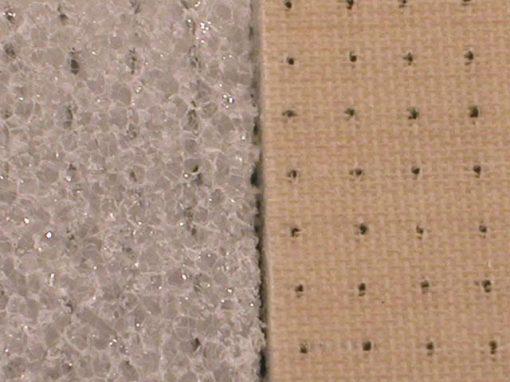 Materiale composto con schiuma a due strati