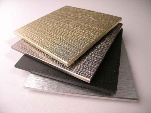 Piastrelle in alluminio con superficie rugosa