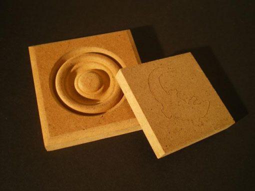 Pannello composito in fibre di legno e resina fenolica
