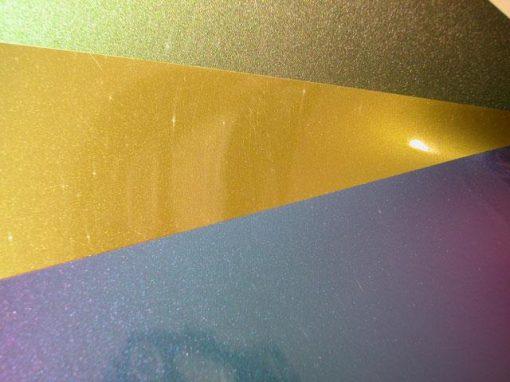 Pigmenti cangianti con struttura multistrato