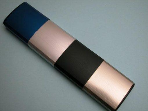 Alluminio colorato elettrochimicamente